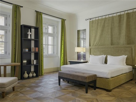 Augustine A Luxury Collection Hotel Prague  Praga