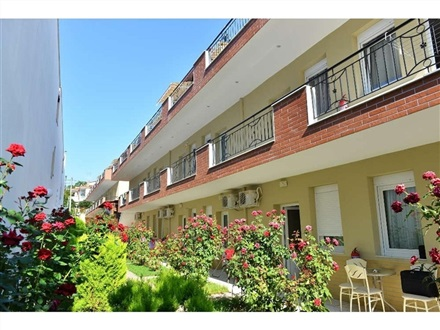 Anna Christina Apartments  Sithonia