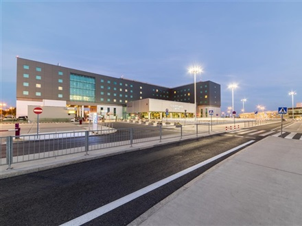 Imagine principala Courtyard By Marriott Warsaw Airport  Varsovia