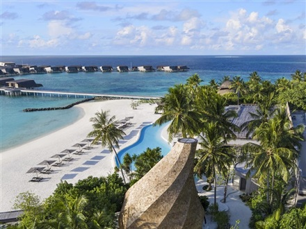 The St. Regis Maldives Vommuli Resort  Dhaalu Atoll