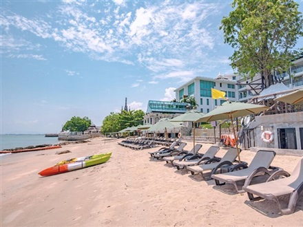 Pattaya Modus Beachfront Resort  Pattaya