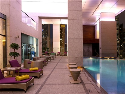 Hotel Bonnington Jumeirah Lakes Towers  Dubai