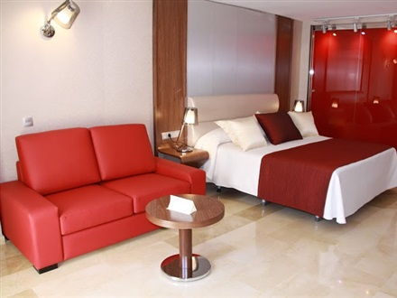 Junior Suite (City View)