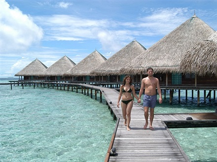 Club_RANNALHI_Water_Bungalow1 [1]