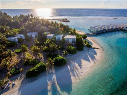 Holiday Inn Kandooma Maldives  South Male Atoll