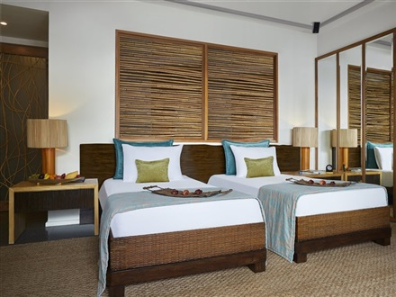 Taj Coral Reef Resort Spa  Nord Male Atoll