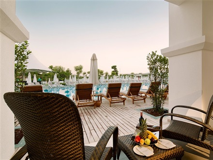 Deluxe_Belek_Family_Pool_Garden_Suite_with_Terrace_1