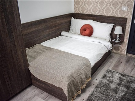 Hotel B House Rooms  Iasi