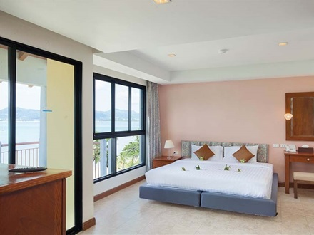 Hotel By The Sea Deluxe  Phuket