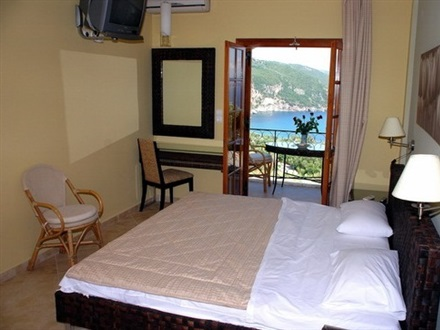 Bella Vista Apartments  Parga