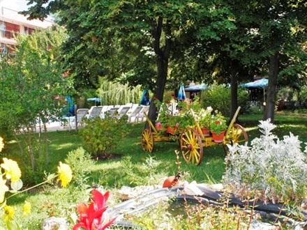 Book at hotel jupiter 2 sunny beach bulgaria for Garden room jupiters