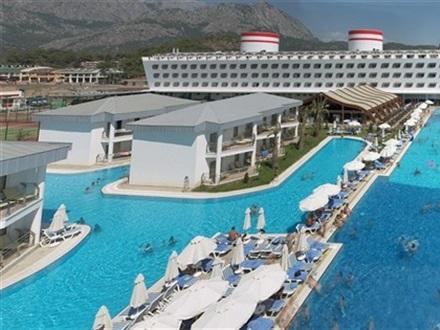 Book At Hotel Transatlantik Hotel Spa Armas Ex Queen Elizabeth Elite Suite Kemer Antalya Turkey
