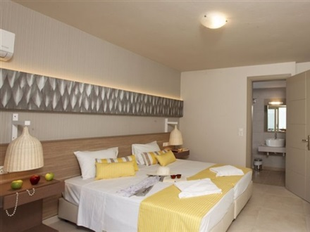Double Room LV