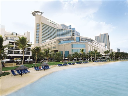 Imagine principala Beach Rotana Hotel  Abu Dhabi