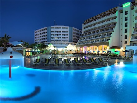 Imagine principala Hotel Batihan Beach Resort  Kusadasi