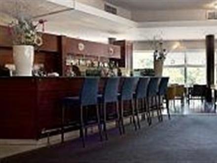 Hotel Newport Huizen : Book at hotel hampshire newport huizen huizen niederlande
