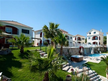 Imagine principala Hotel Erietta Luxury Apartments  Akrotiri Zakynthos