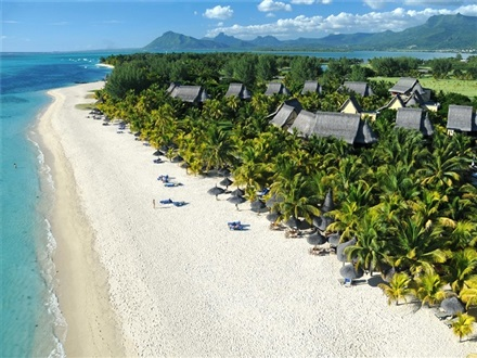 Imagine principala Beachcomber Dinarobin Hotel Golf Spa  Mauritius
