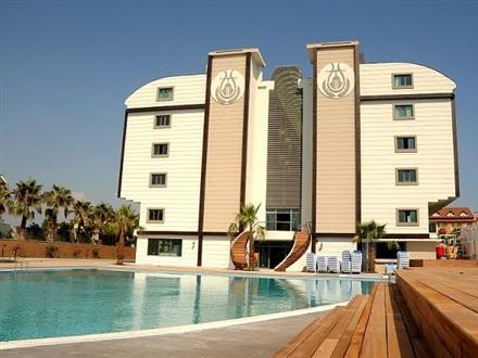 Orfeus Hotel Side