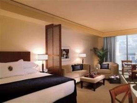 Hotel Trump International Beach Resort Miami Fl