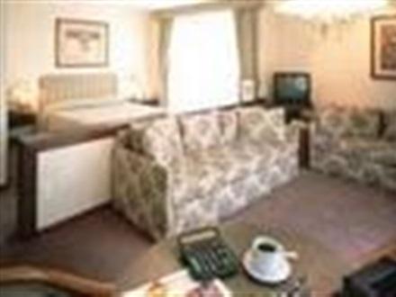 hotel exe suites san marino cdmx