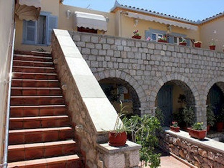 Alkionides Pension  Hydra