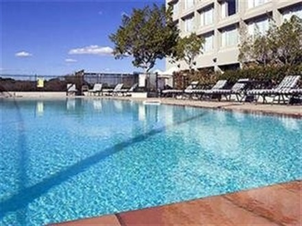 Book at mercure sydney parramatta sydney new south wales for Pool show rosehill