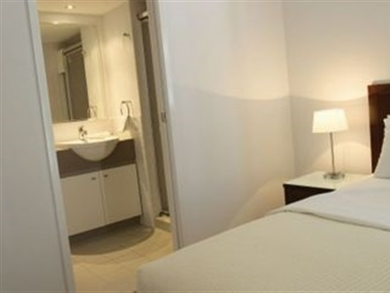 Hotel Oaks Lexicon Apartments  Brisbane