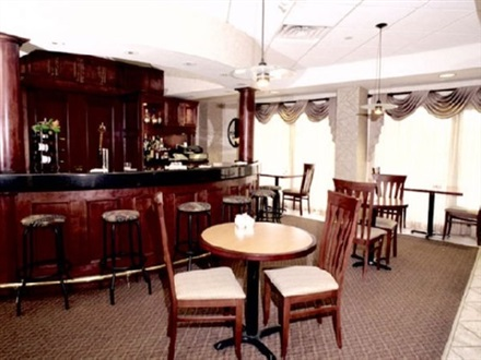 Book at holiday inn toronto mississauga toronto airport for Best private dining rooms mississauga