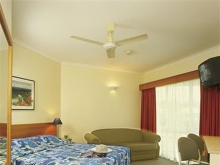 Hotel Tropical Queenslander  Cairns