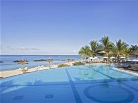 Hotel The Sands Resort And Spa  Flic En Flac