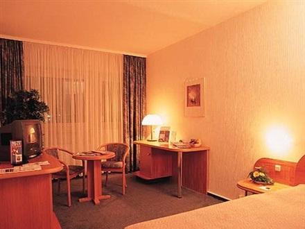 Hotel pullman newa dresden freistaates sachsen germania for Hotel pullman dresden
