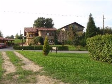 Casa rural matsa lezama tara bascilor spania - Terenes casa rural ...
