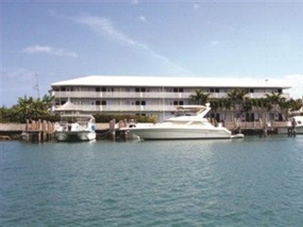 Imagine principala Flamingo Bay Hotel Marina  Grand Bahama