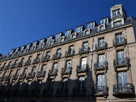 Vertigo hotel member of design hotels dijon bourgogne franta for Hotel design bourgogne