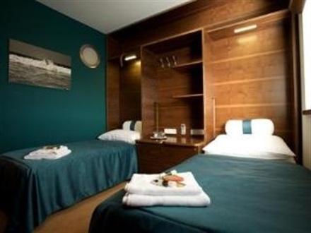 Restaurant design hotel noem arch brno muntii krkonose cehia for Design hotel noem arch