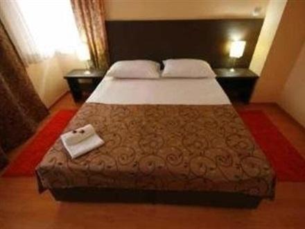 Book at bed and breakfast divan sarajevo bosnia for Divan zenica