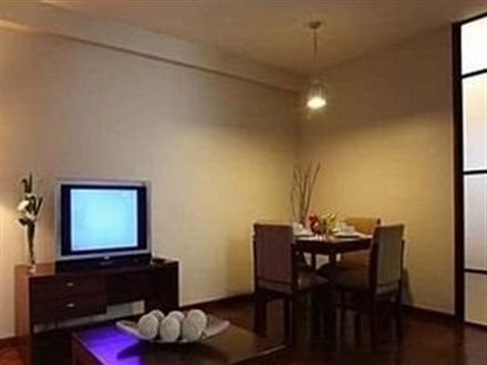 Imagine principala Amorsolo Mansion Apartments And Suites  Makati City