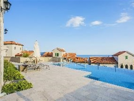 Imagine principala Lustica Bay Apartments  Tivat