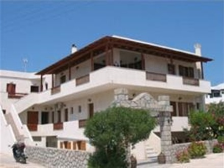 George Christos Apartments  Insula Paros