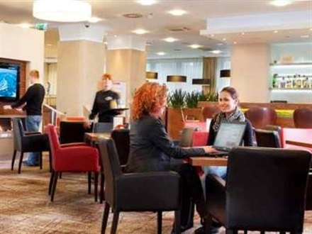 Imagine principala Hilton Garden Inn Promo Min Stay  Cracovia