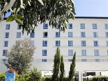 Imagine principala Courtyard By Marriott Paris Defense West Colombe  Paris
