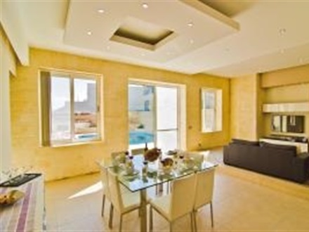 Tal Kampnar 5 Br Townhome With Private Pool Bag 49922  Sliema