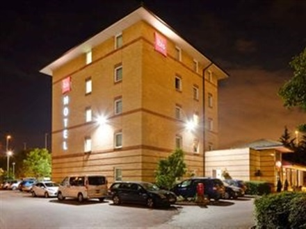 Ibis London Thurrock M25  Londra
