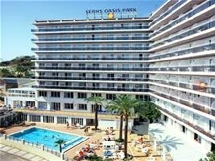 book at hotel oasis park splash barcelona airport costa. Black Bedroom Furniture Sets. Home Design Ideas