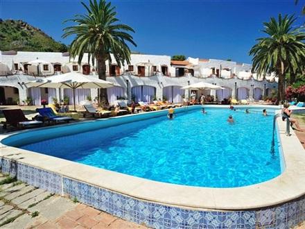 Main Image Hotel Le Calette Garden Bay Cefalu