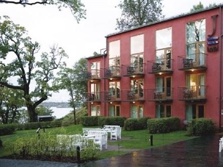 j hotel stockholm stockholm stockholms lan suedia. Black Bedroom Furniture Sets. Home Design Ideas