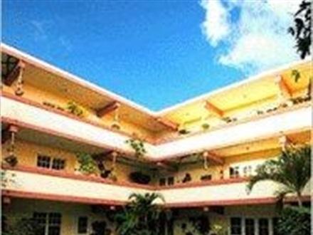 Hotel Banana Beach Resort Ambergris Caye
