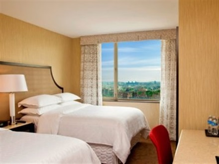 Hotel Sheraton Brooklyn  New York Ny