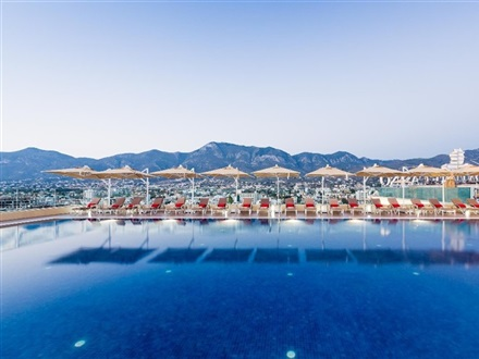 Lords Palace Hotel and Casino  Statiunea Kyrenia